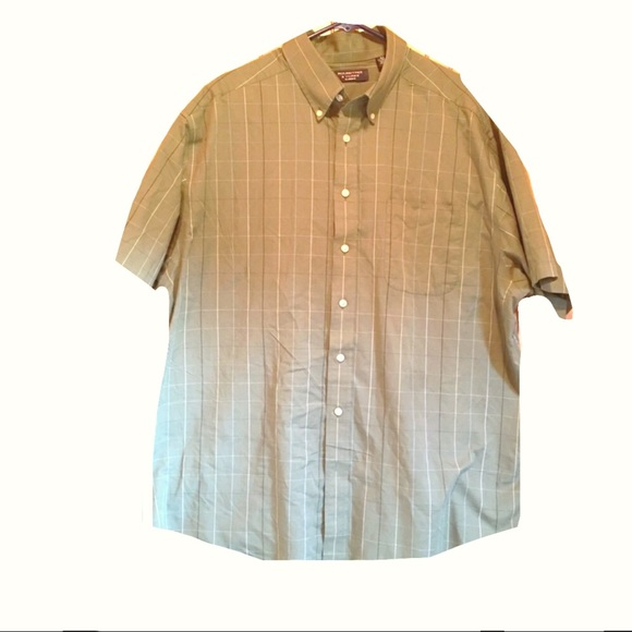 Roundtree & Yorke Other - Mens Button Down Dress Shirt